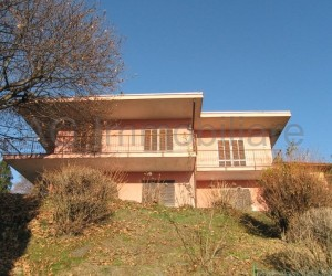 Arizzano independent villa with garden and beautiful lake view - Ref: 516
