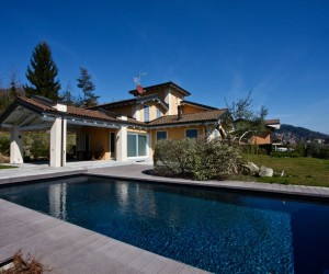 Verbania Hillside detached villa with park, swimming-pool and lake view. Ref: 074