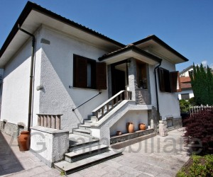 Verbania detached villa with garden and garage - Ref: 155