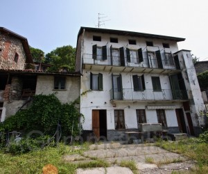 Verbania surroundings detached house with garden - Ref: 089