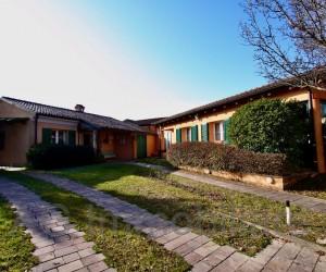 Bogogno Golf resort Villa indipendente con giardino e piccola dependance - Rif: 229