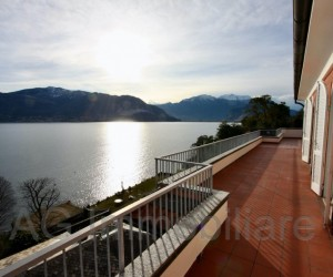 Verbania penthouse with large terraces and Lake View - Rif:000