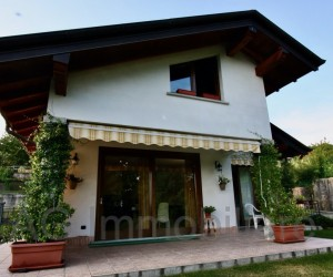 Arizzano detached house with Lake View - Ref: 097