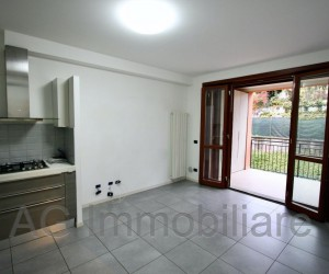 Verbania Intra three-room apartment with large terrace - Ref 110