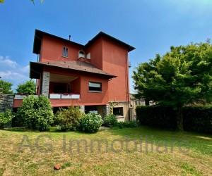 Verbania collinare Villa d'epoca con parco e Vista Lago - Rif: 050